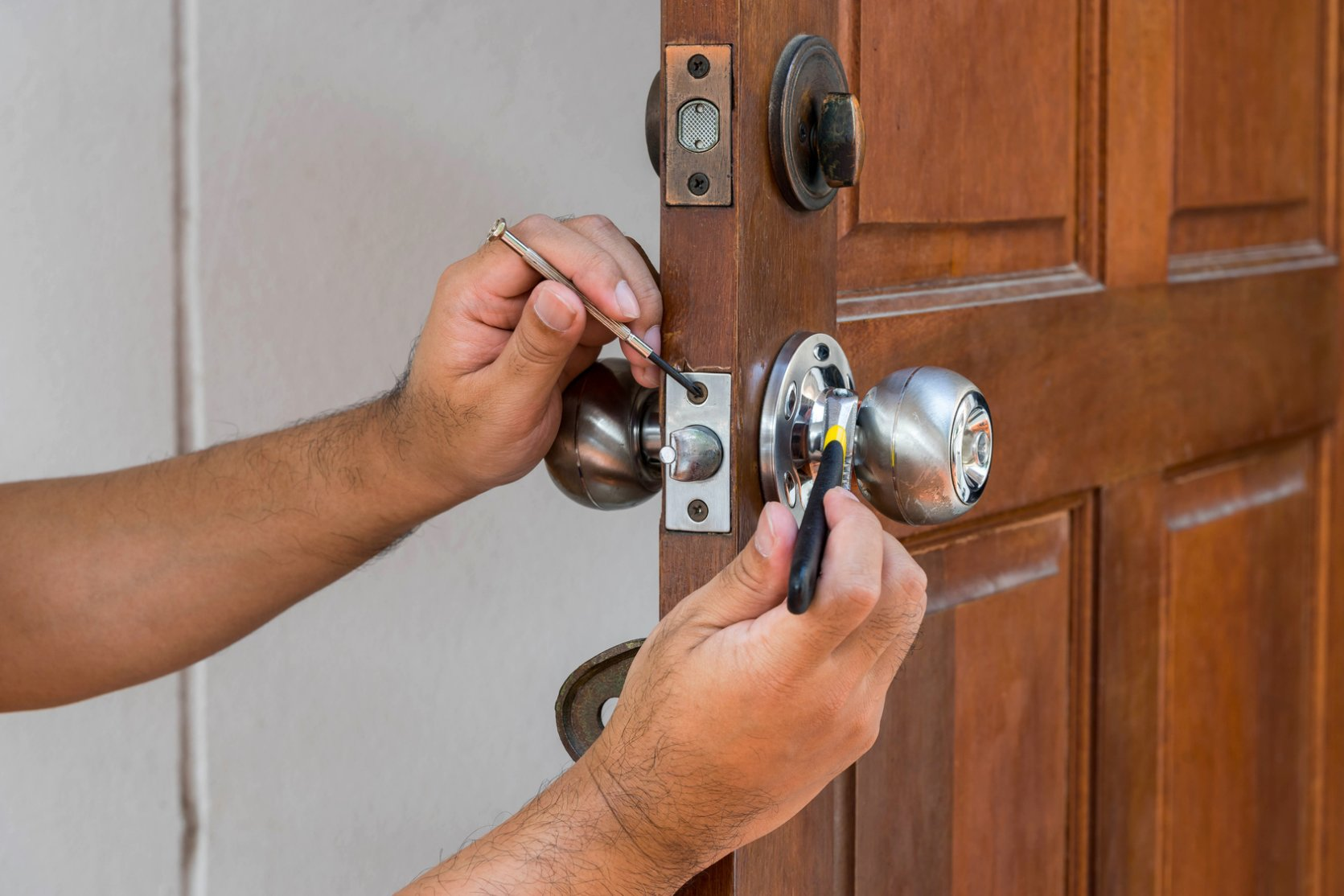 lock & key change repair service Hollywood Florida